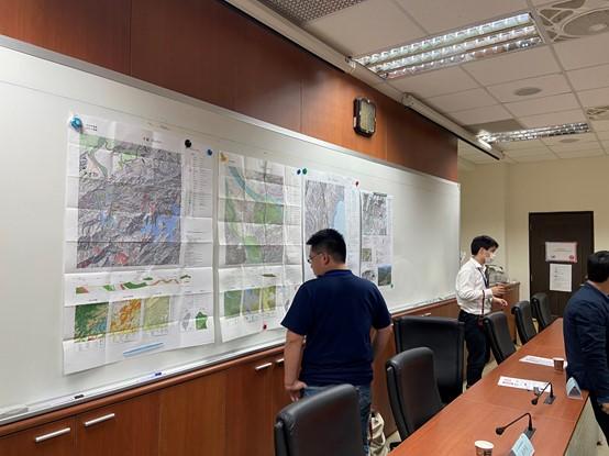 地形地質製圖於自然災害防治上的應用 / 黃群凱、廖珮岑